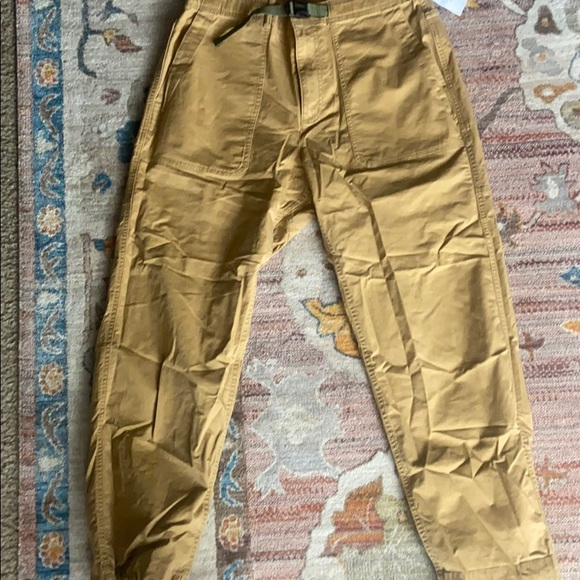 Gap Belted cargo Pants Size 34